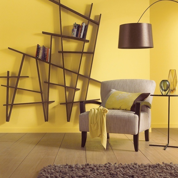 Los colores de moda para la casa en 2018 for Color de pared para muebles blancos