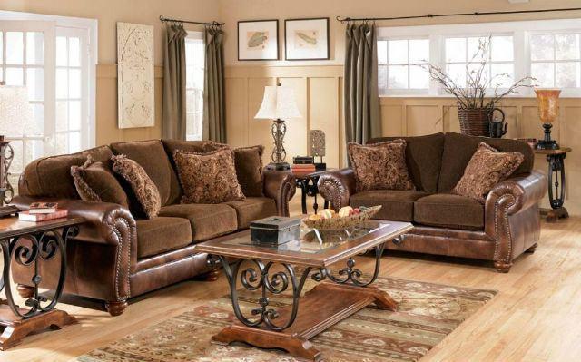 Decoraci n de salones coloniales colores muebles y consejos for Salones mezcla clasico moderno