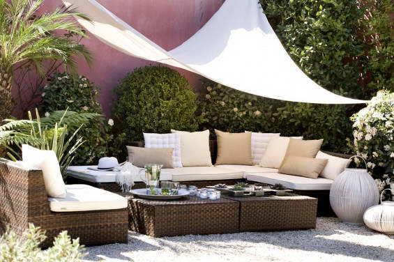 si prefieres comprar mobiliario en las tiendas de decoracin vas a encontrar multitud de opciones para crear tu terraza chill out - Decoracion De Terrazas Exteriores