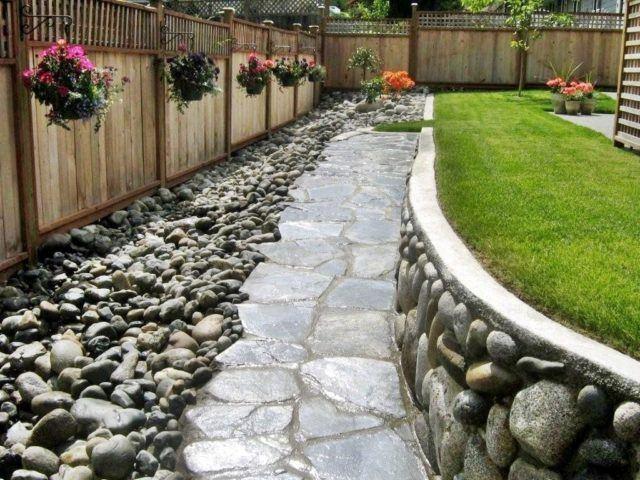M s de 20 fotos de jardines con piedras que os van a encantar for Caminos en jardines