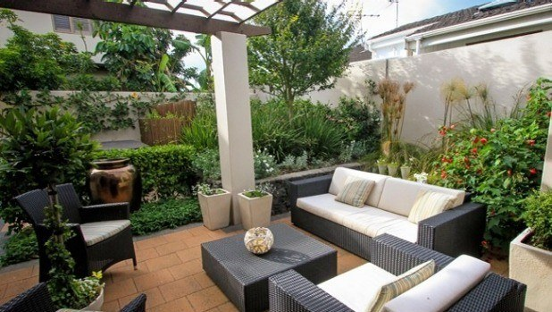 10 ideas de jardines para patios interiores for Ideas de jardines interiores