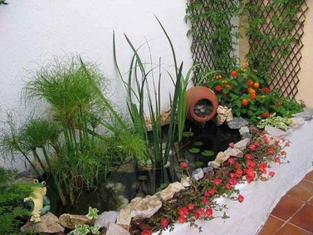 M s de 25 fotos de jardines peque os con encanto for Patio con jardin pequeno