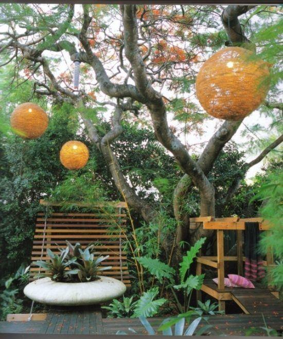M s de 25 fotos de jardines peque os con encanto for Jardines pequenos con luces