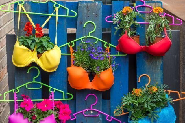 ideas de reciclaje para jardines 30 Ideas Para Decorar El Jardn Con Cosas Recicladas