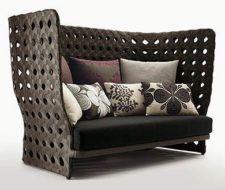 Muebles Canasta para exteriores de Patricia Urquiola