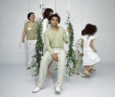 """""""Swing with the plants"""", columpio con enredaderas"""