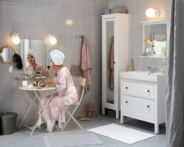 si buscas un estilo ms clsico y a la vez sencillo puedes decantarte por los muebles en blanco como ves en la fotografa de arriba y combinarlo con otro