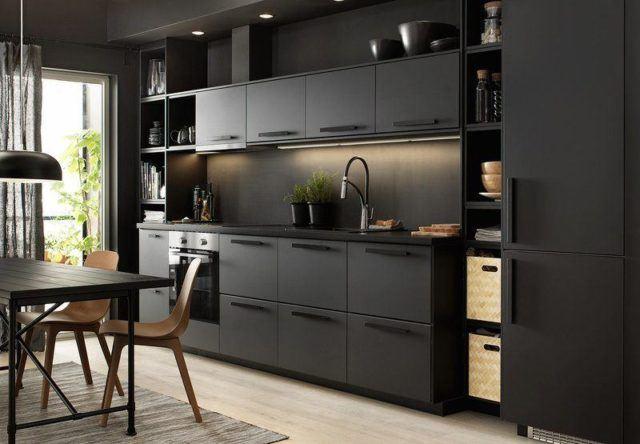 en las cocinas ikea se decanta por un estilo sencillo y sobrio al que le podemos dar un toque de color en cualquier detalle por ejemplo en la cocina de la