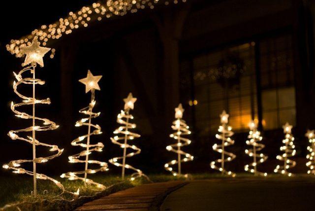 Decoracion jardin navidad luces