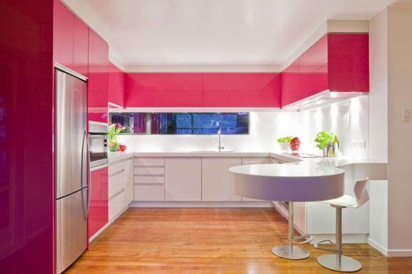 Cocinas rosas diseño de cocina rosa suelo parquet