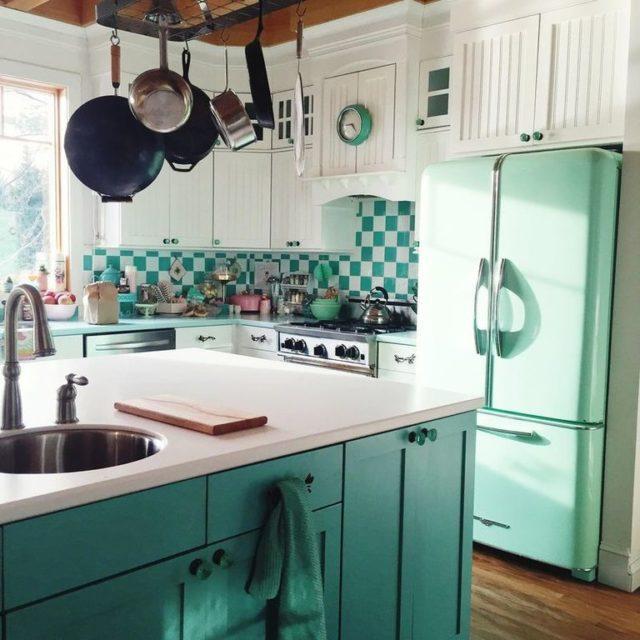 Decoraci n con pintura chalk paint c mo usarla para for Muebles de cocina la plata