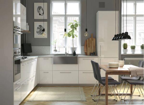 cocinas-baratas-madera-y-blanca-ikea