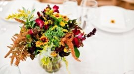 Flower centerpieces: things you should know and useful tips