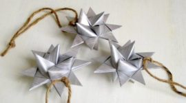 Three-dimensional stars for the Christmas tree 2018