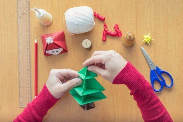 Manualidades para navidad arbol de navidad de papel
