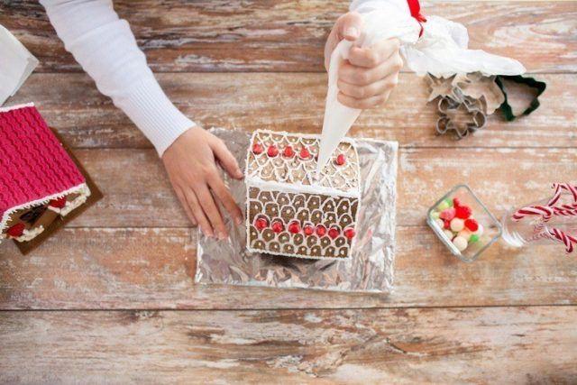 Manualidades para navidad casa de jengibre