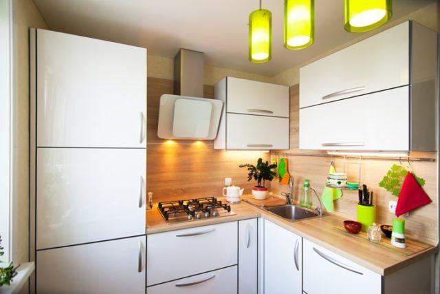 Cocinas pequenas 2019 blanco y madera
