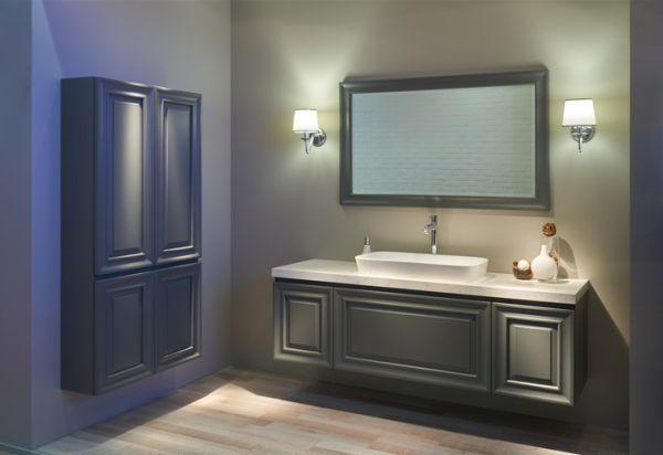 como-decorar-una-pared-con-espejos-bano-istock5