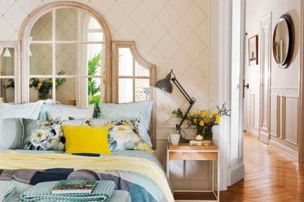 como-decorar-una-pared-con-espejos-cabecero-elmueble