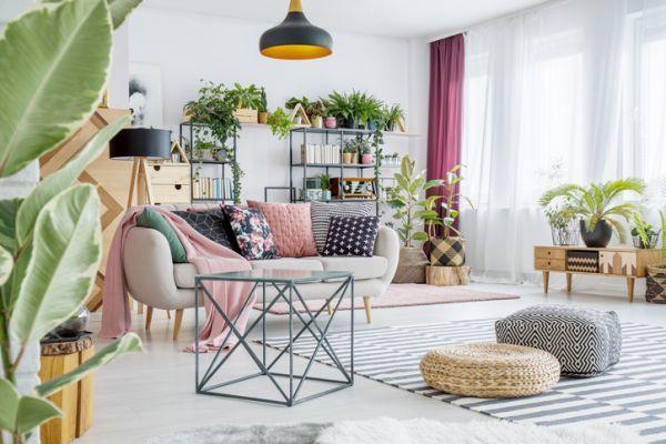 ideas-para-decorar-con-cojines-istock3