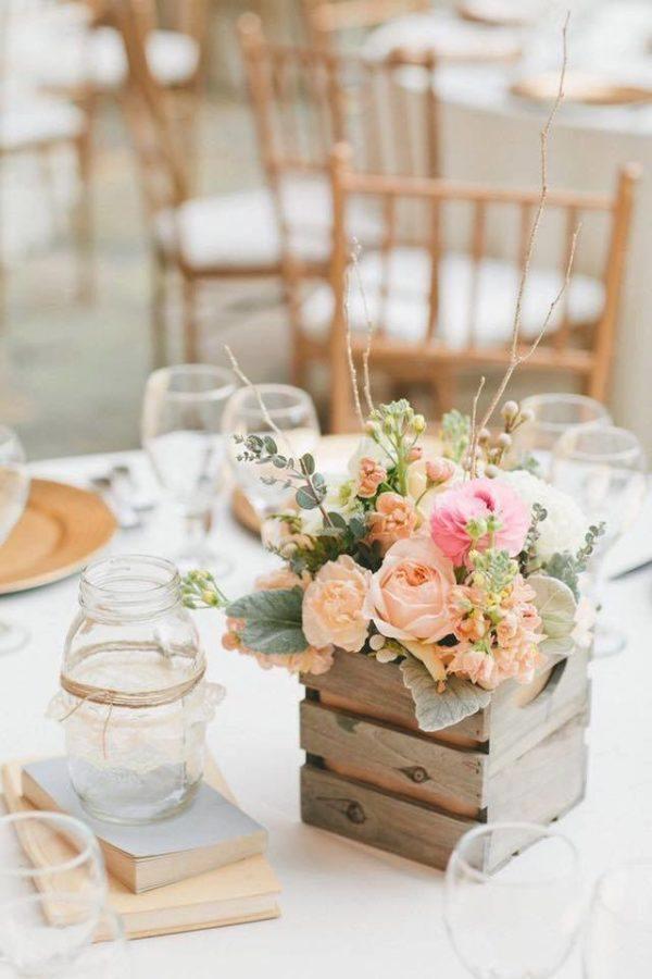 Centro de mesa para boda pequeña caja madera