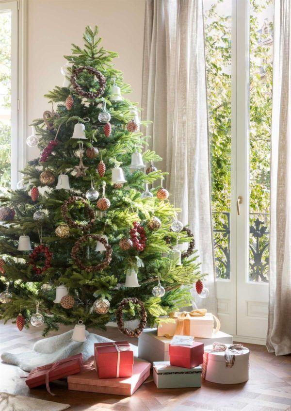 Decoración de árboles de Navidad 2020