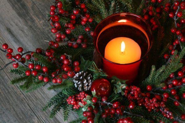 Centros de mesa navidad 2020 con vela roja