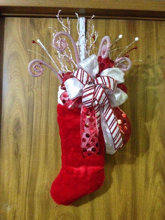 como-decorar-una-puerta-en-navidad-etsy