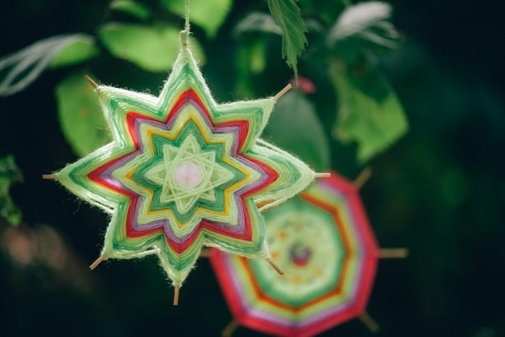 Bolas de navidad ecologicas con porespan con hilo
