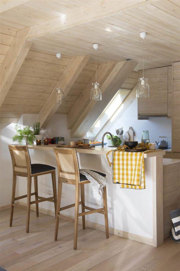 cocinas-en-blanco-y-madera-blanco-vigas-elmueble