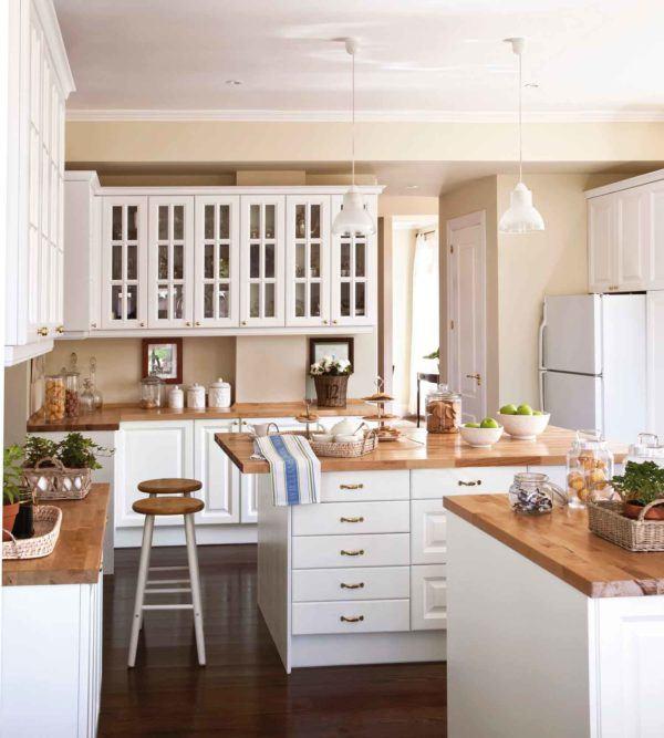 cocinas-en-blanco-y-madera-crema-elmueble