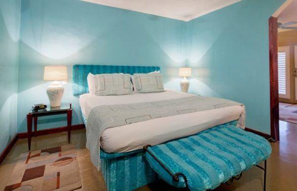como-decorar-con-paredes-en-verde-agua-dormitorio-verde-agua-lovetok