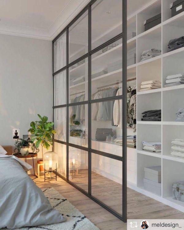 fotos-de-vestidores-abiertos-con-ideas-puertas-correderas-de-cristal-elmueble