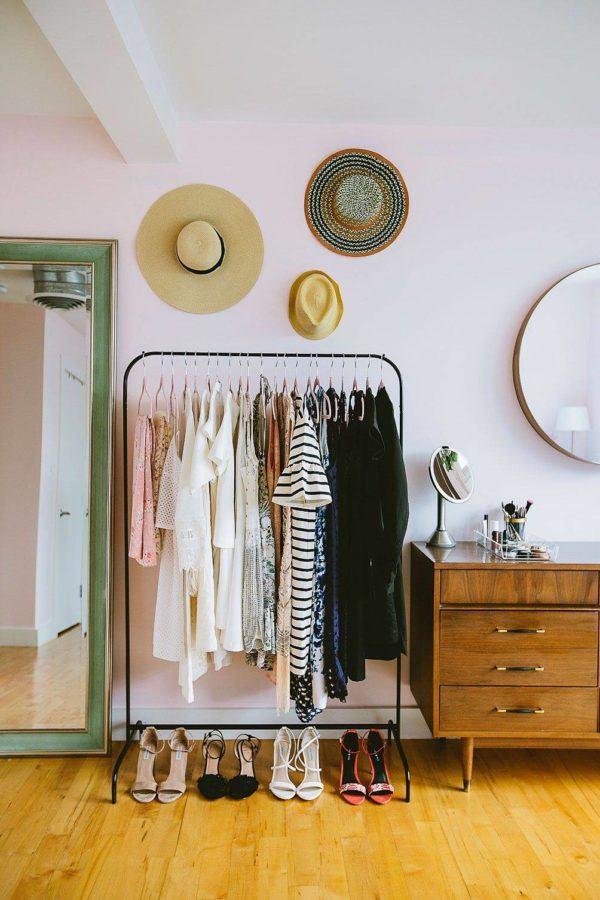 fotos-de-vestidores-abiertos-con-ideas-sombreros-elmueble