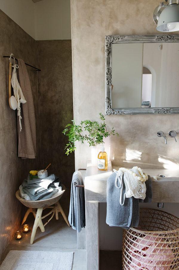 microcemento-en-el-bano-lavabo-curvo-elmueble