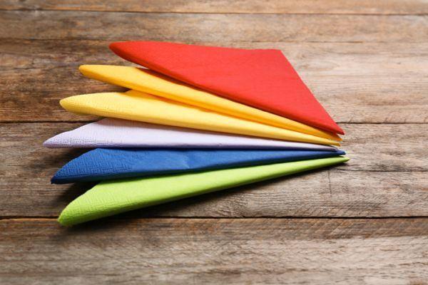 decoracion-con-servilletas-de-papel-istock