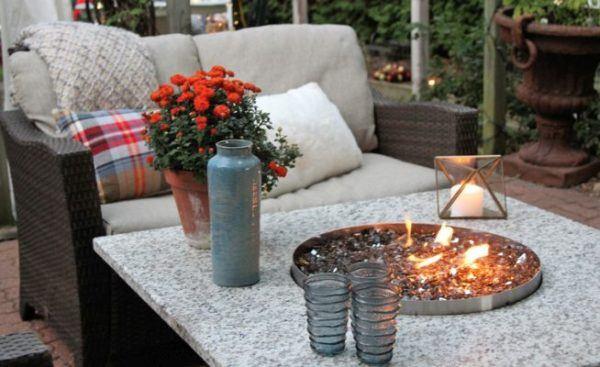 decorar-la-terraza-con-cosas-que-tienes-en-casa-vela-istock
