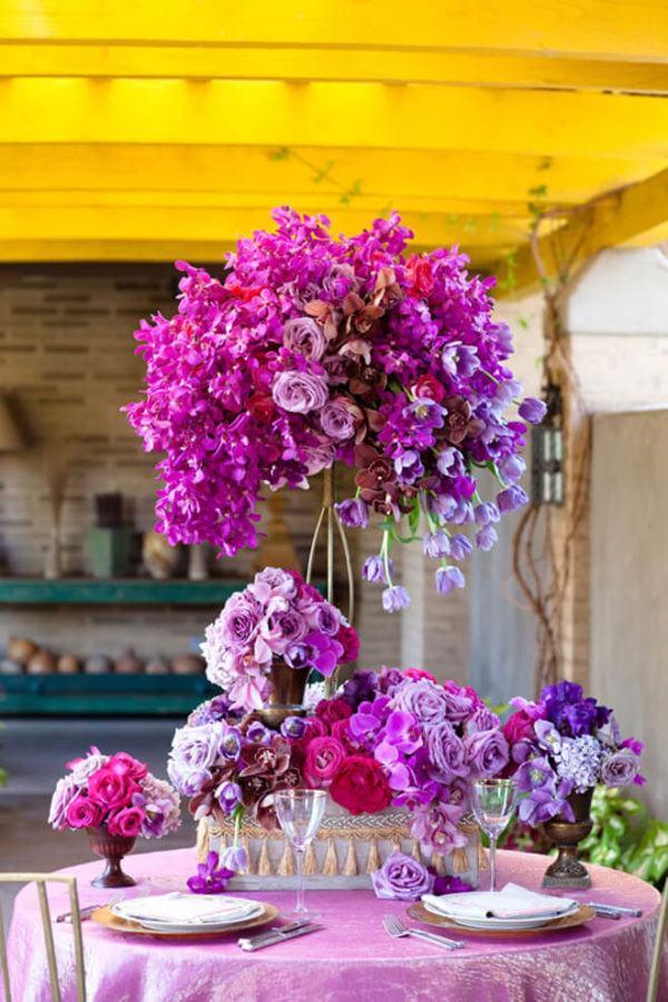 Como hacer arreglo floral centro mesa flores rosa purpura