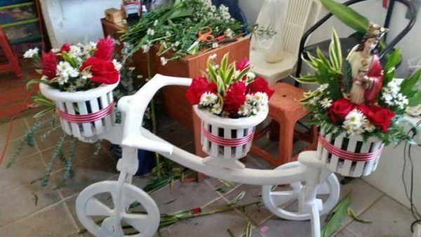 como-hacer-un-arreglo-floral-bicicleta-instagram