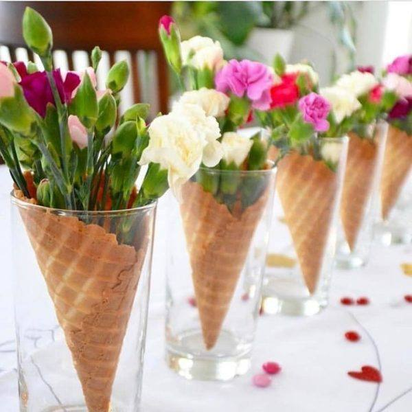 como-hacer-un-arreglo-floral-centro-de-mesa-flores-cucurucho-instagram