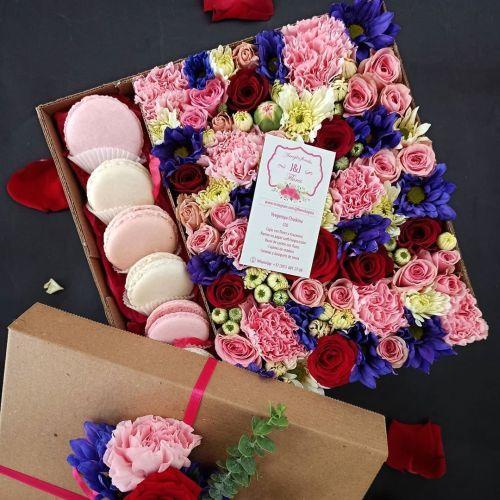como-hacer-un-arreglo-floral-con-macarrons-instagram