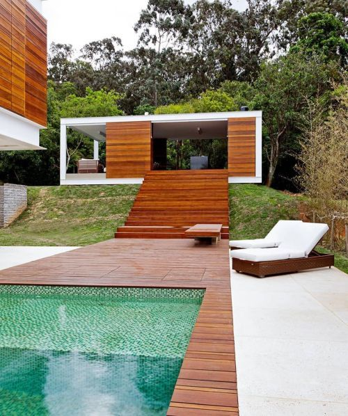 como-decorar-una-piscina-ideas-instagram-madera-inspiracao-piscina