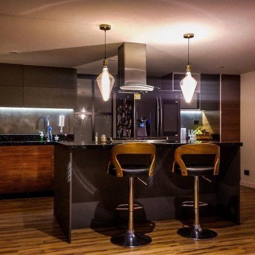 fotos-de-cocinas-con-isla-central-instagram-la-pietra-arquitectura