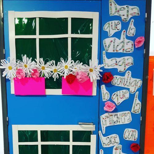 ideas-para-decorar-puertas-de-armarios-instagram-una-pizca-de-educacion