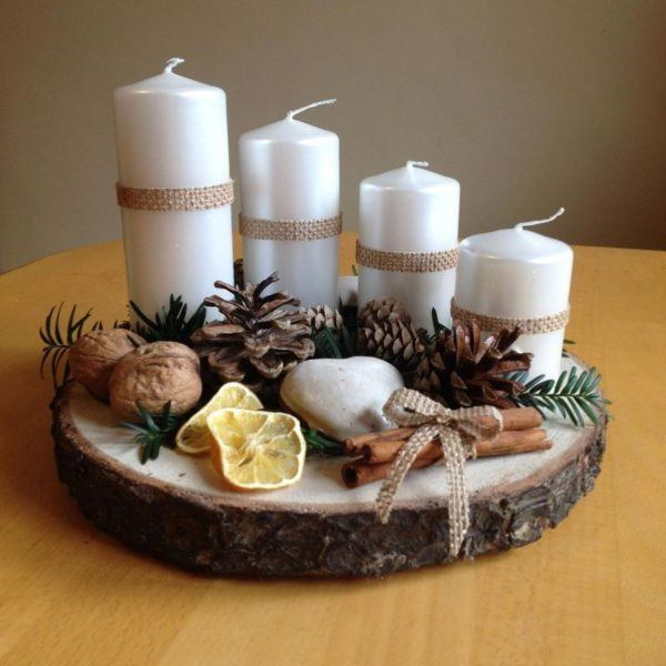 Centro de mesa madera velas blancas