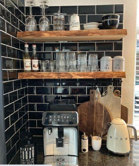 Coffe corner pared oscura
