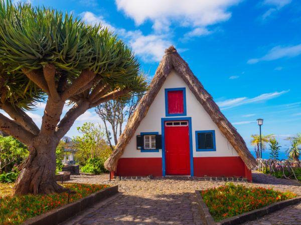 Ideas de fachadas de casas sencillas fotos e ideas bonitas casa madera roja
