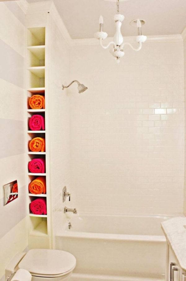 Como colocar las toallas en el bano decoracion en un hueco en la pared