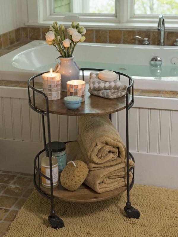 Como colocar las toallas en el bano decoracion en una mesa con ruedas