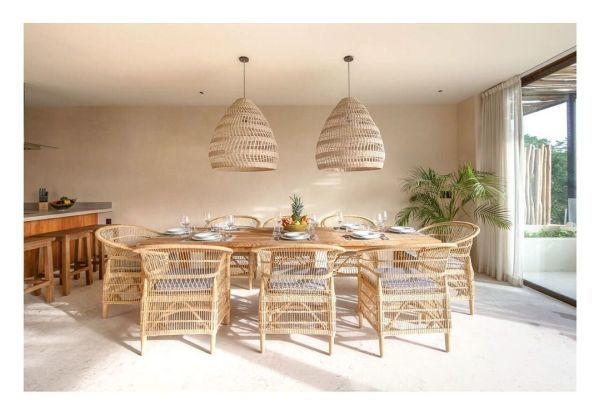 Comedor de casa de playa muebles de mimbre